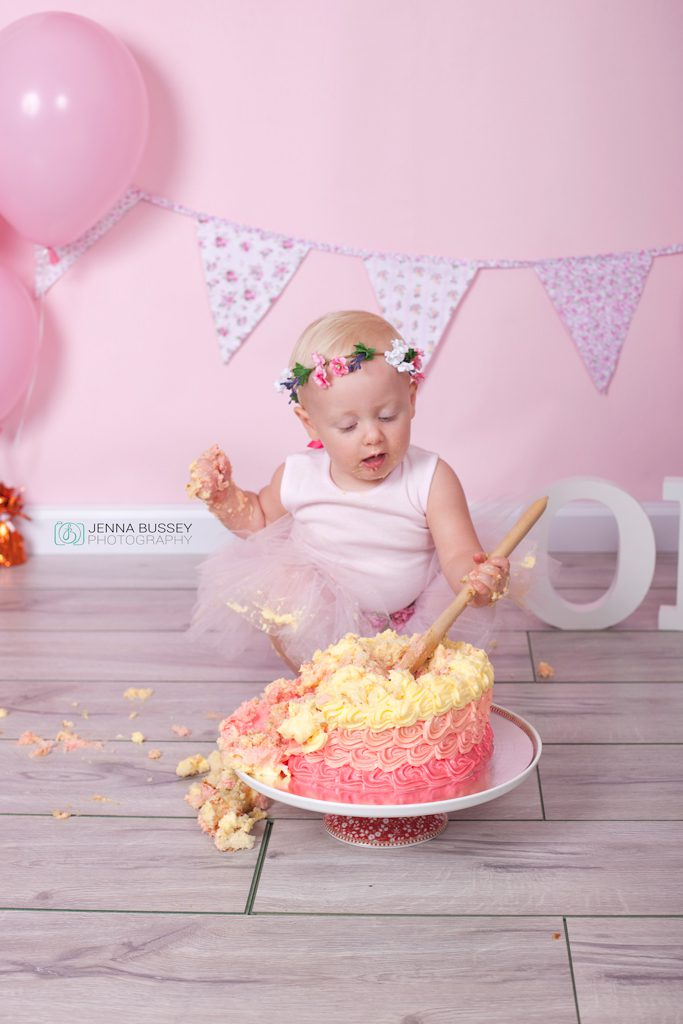Jenna-Bussey-Cake-Smash-Photographer16