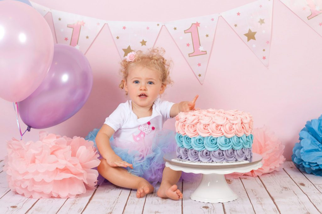 Jenna Bussey Photography Dubai Cake Smash Photographer