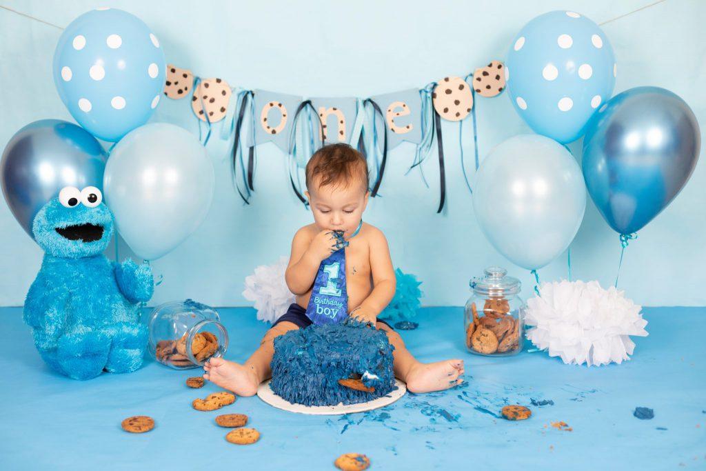 Jenna Bussey Dubai Cake Smash Photographer