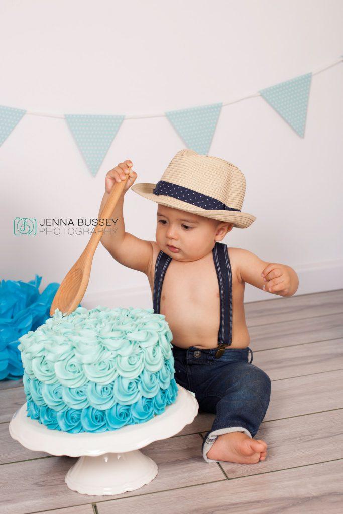 jenna-bussey-photography-dubai-cake-smash16