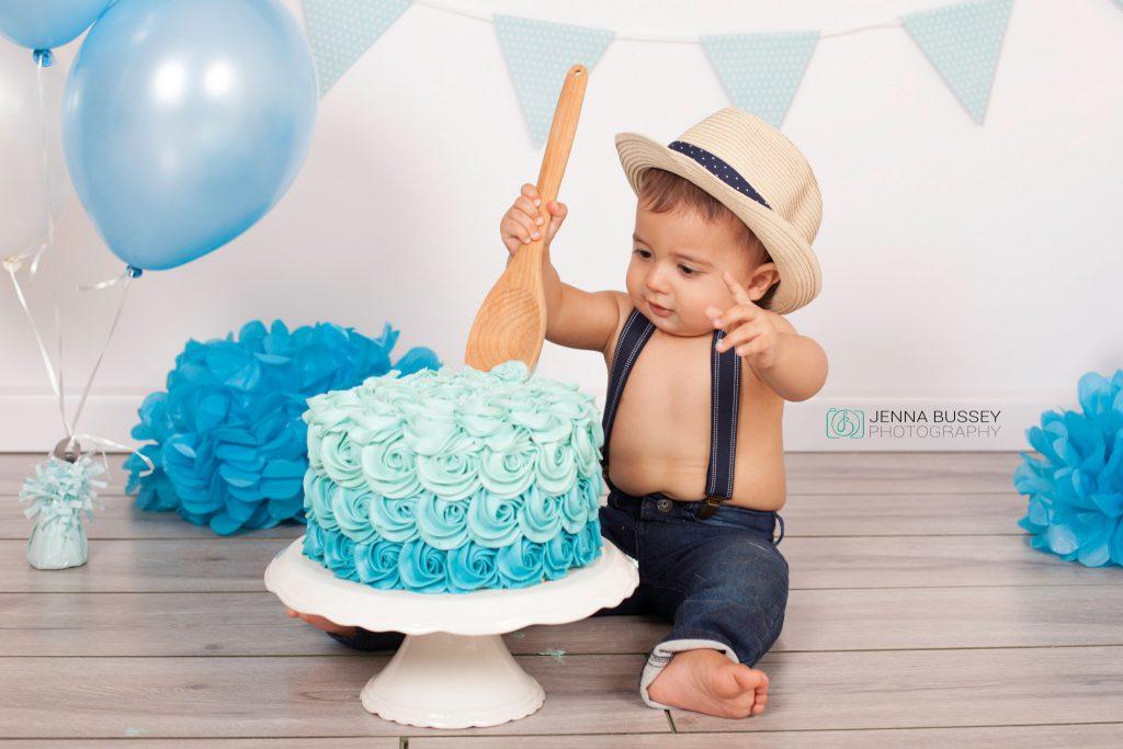 jenna-bussey-photography-dubai-cake-smash17
