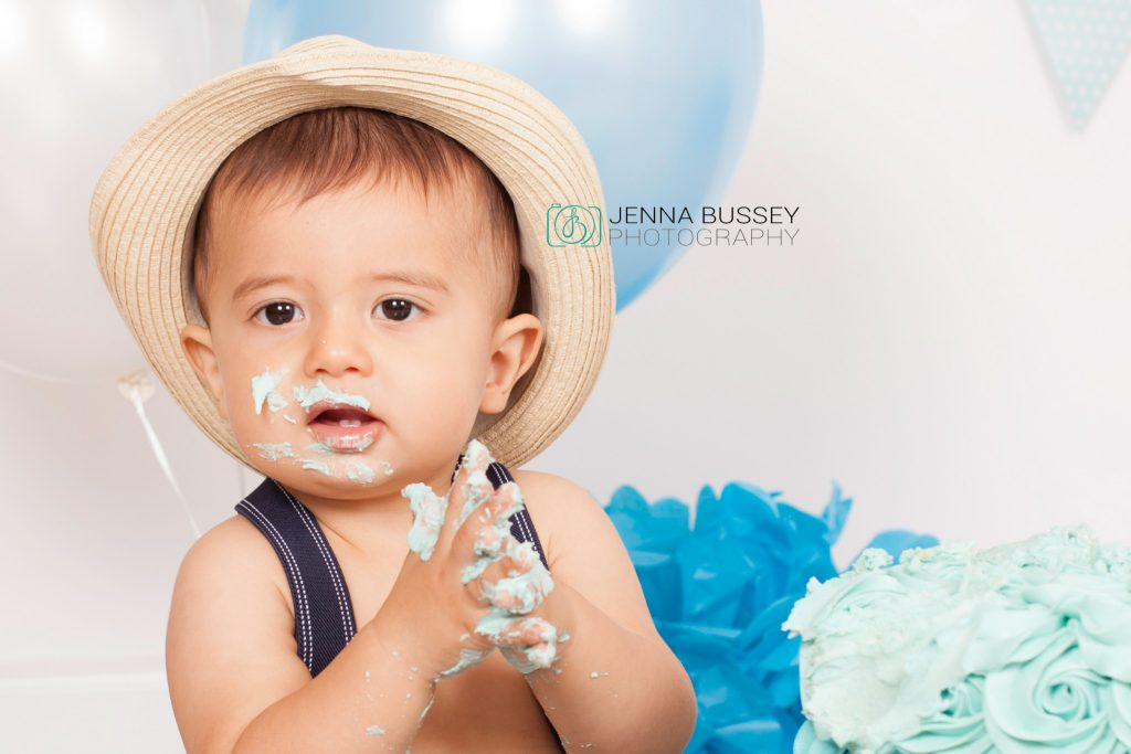 jenna-bussey-photography-dubai-cake-smash20