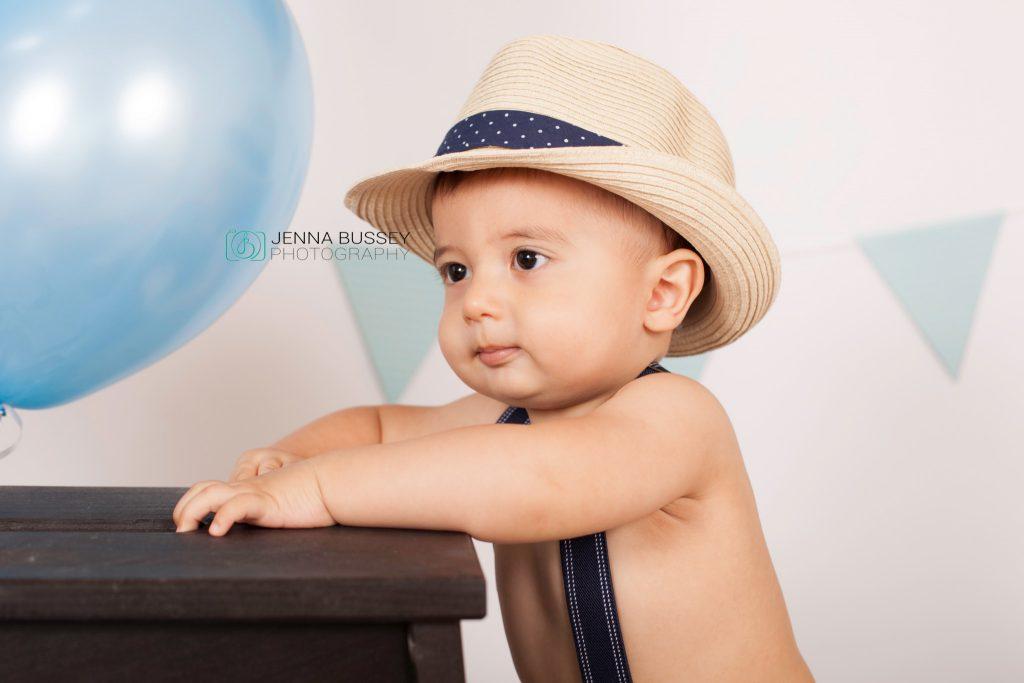 jenna-bussey-photography-dubai-cake-smash7