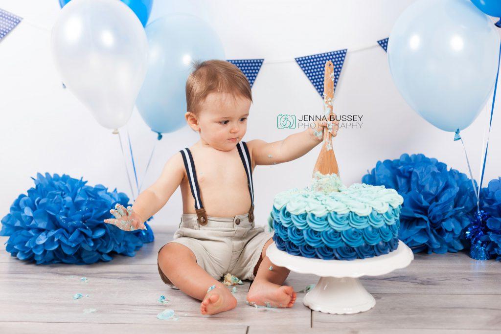 Dubai Cake Smash Photographer