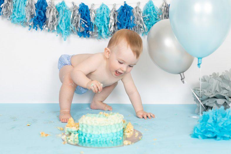 jenna-bussey-photography-dubai-cake-smash-photographer